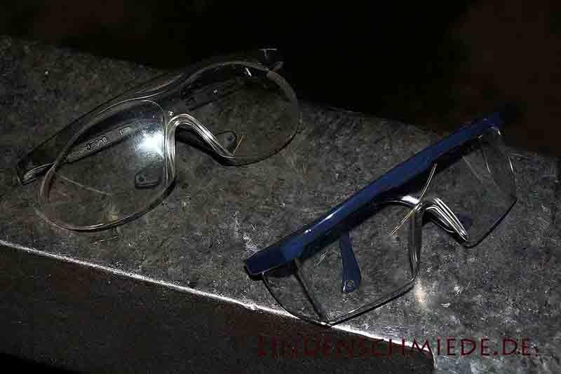 Schutzbrille zum Messr Schmieden